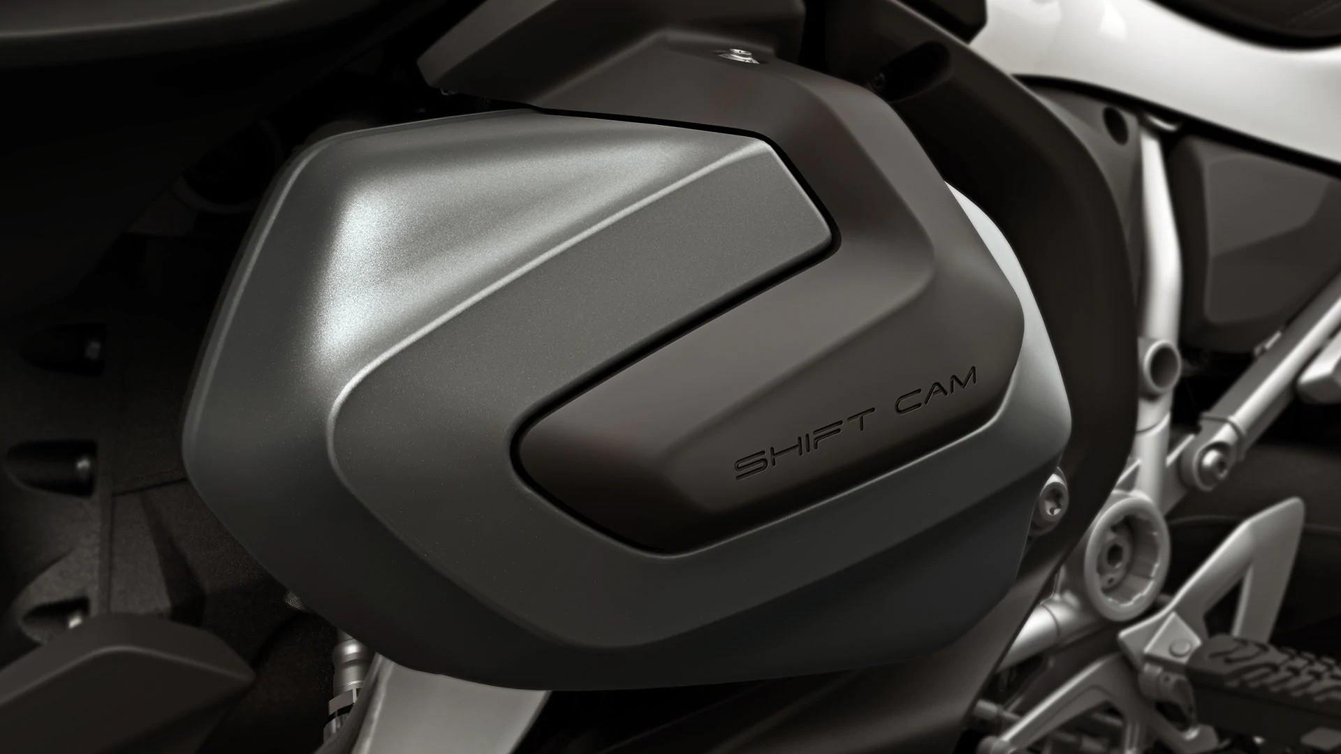 BMW ShiftCam: повна потужність на будь-яких обертах